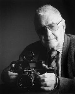 6883El Fotografo - JOSE LUIS CENCERRADO BARRIOS - 3º  Premio Categoria Retrato