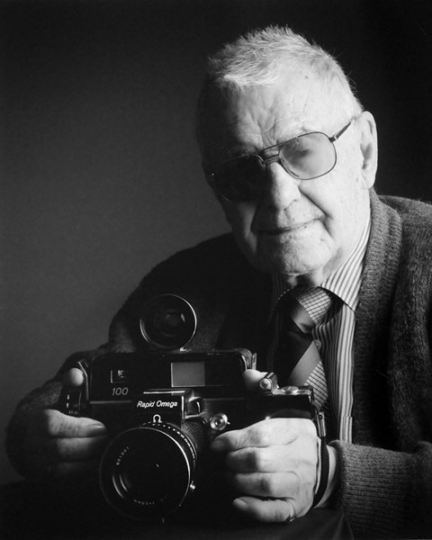 3º Premio Categoría Retrato - El Fotógrafo - José Luis Cencerrado Barrios